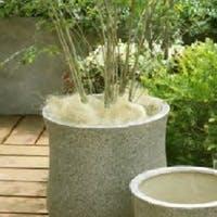 アローナは石や砂を思わせる自然色が素敵なmurmuresの鉢カバー