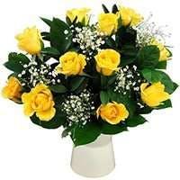 花言葉はジェラシー!?黄色いバラをギフトに活用しよう