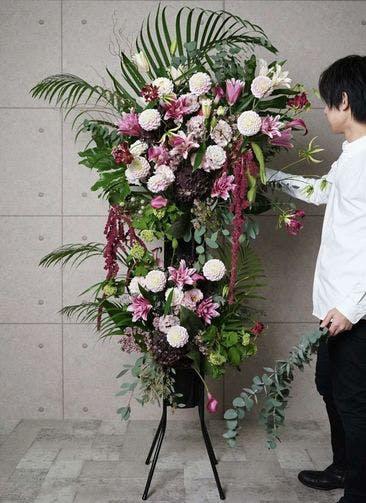 【全国配送】 ピンク系 フローリストにお任せ 季節のお祝いスタンド花 50,000円 2段スタンダードタイプ