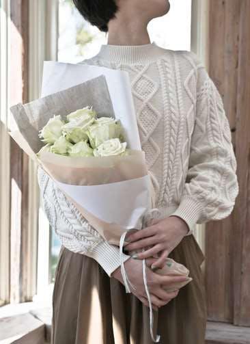 バラ 花束 ホワイト S (12本入)