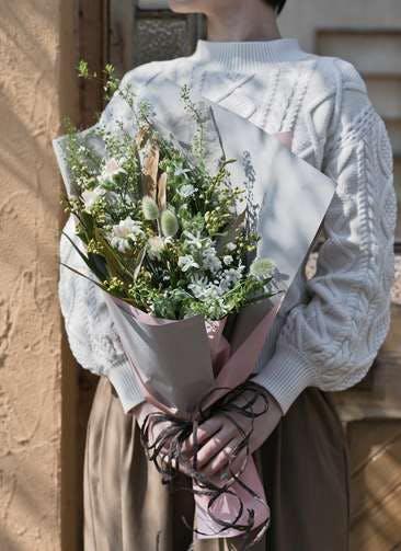 草花系 花束 ホワイト M スタンダード
