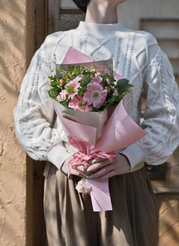 ガーベラ 花束 ピンク S ナチュラルブーケ