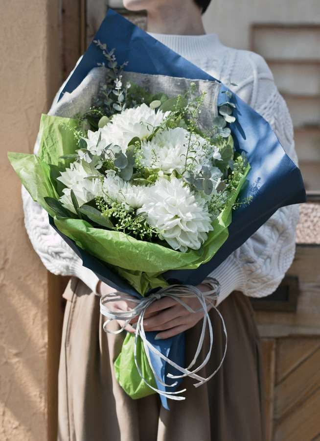 ダリア 花束 ホワイト M ナチュラルブーケ