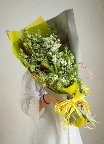 リンドウ 花束 ホワイト M スタンダード